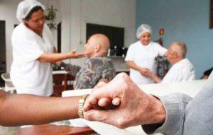 Curso do Senai Cuidador de idoso