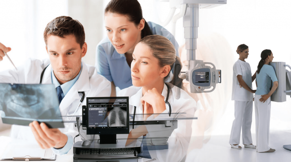 Profissionais-raiox-analizando
