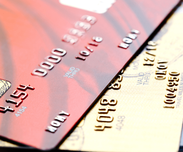 diferença de debito e credito no cartão